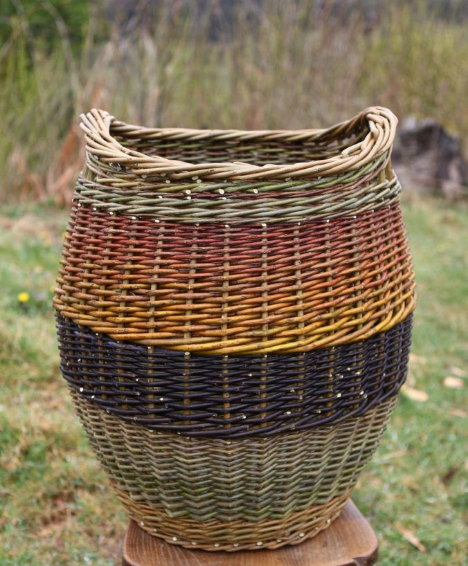 Curved tall basket by Hanna Van Aelst