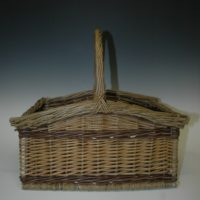 Square basket by Heike Kahle