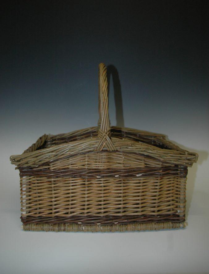 Square basket by Heike Kahle
